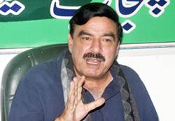 Px13-049 LAHORE: Nov13 – Leader Awami Muslim League Sheikh Rasheed Ahmad addressing a press conference on Sunday. ONLINE PHOTO by Imran Sheikh